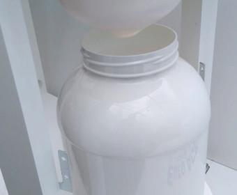 Compost toilet urine bottle